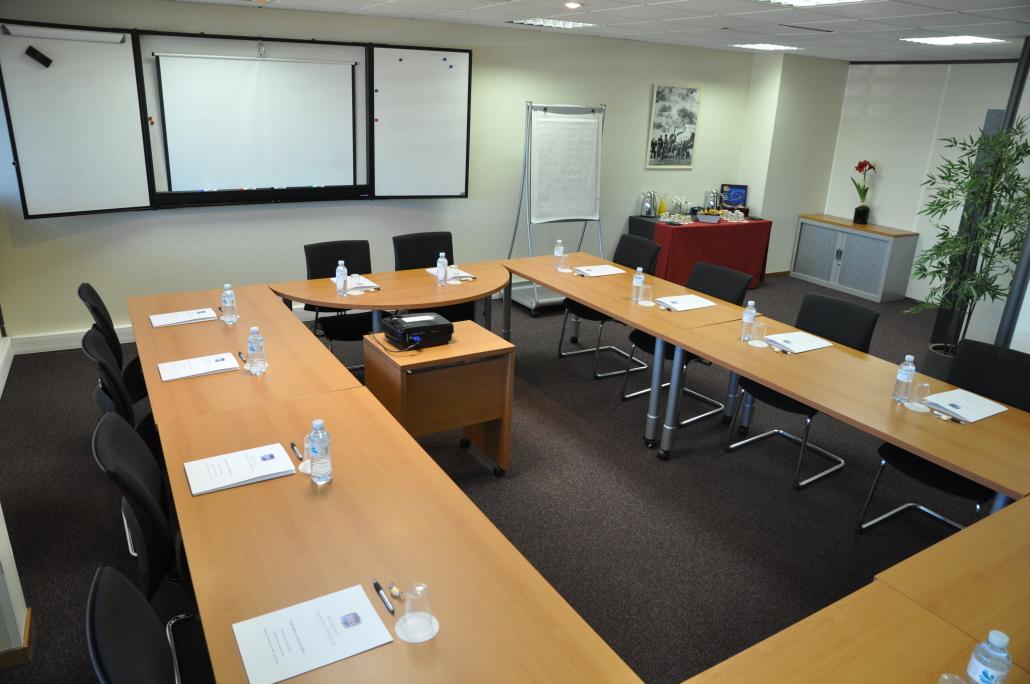 Location de bureaux quip s bordeaux centre bbs for Bureau entreprise