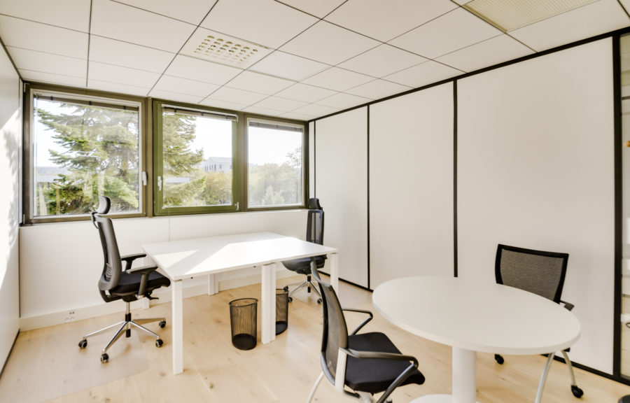 Bureau centre d'affaires Bordeaux lac